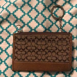 Coach - brown/tan card/coin holder